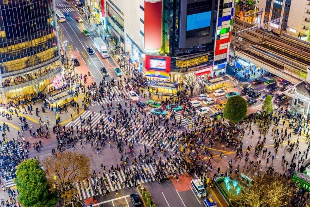 Folkrik korsning i Shibyua, Tokyo