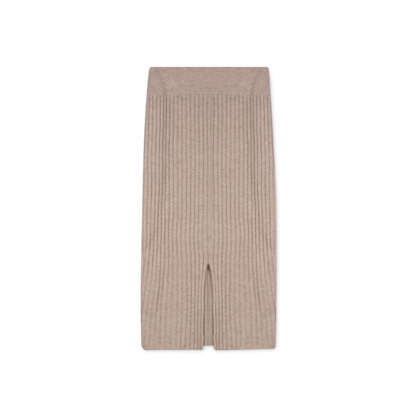 ribbstickad kjol