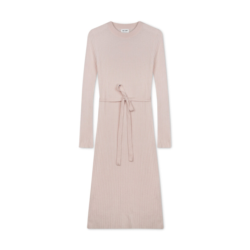 ribbstickad klänning