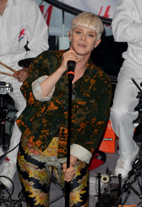 Robyn i pottfrisyr 2011.