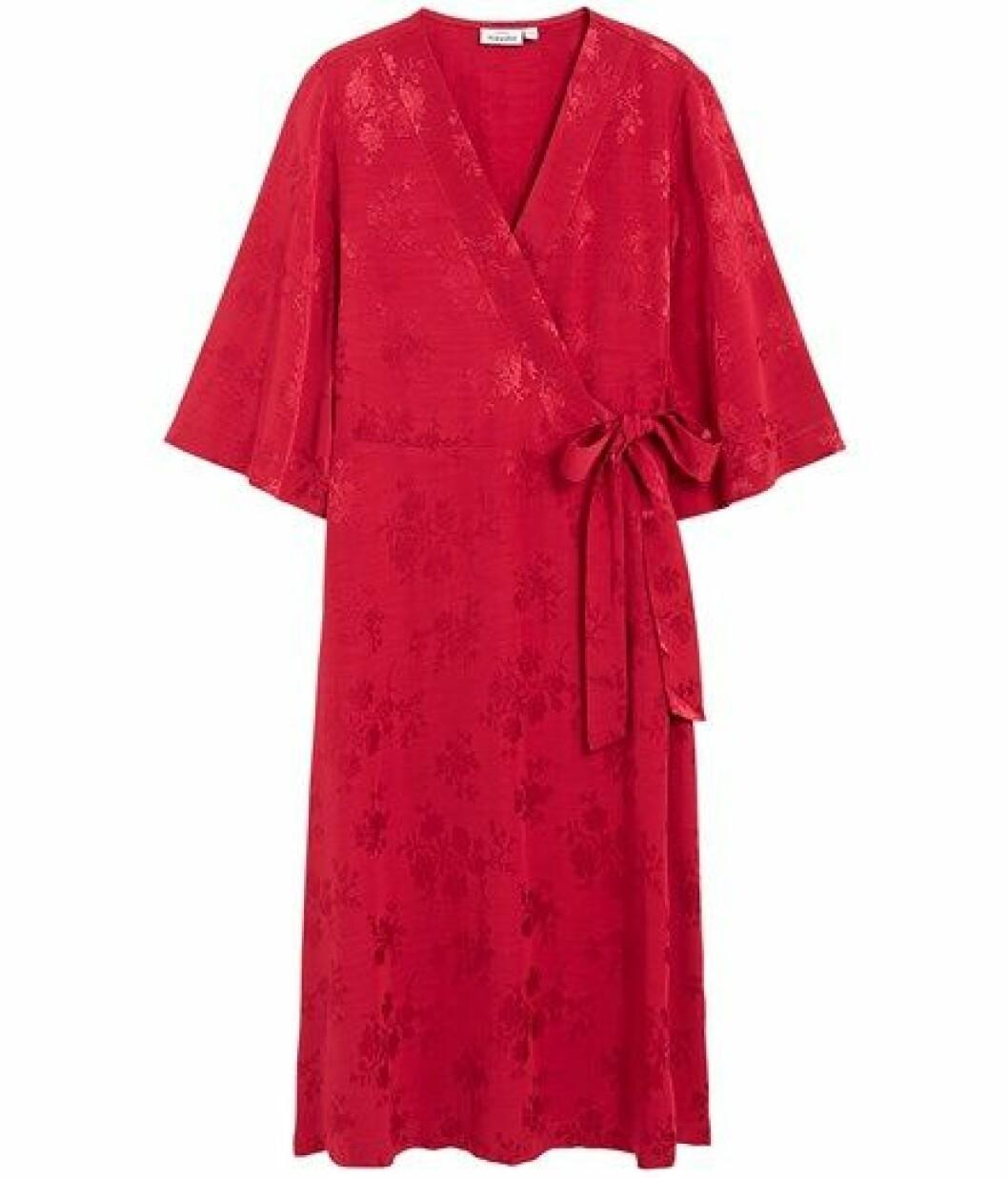 Röd omlottklänning från Kappahl