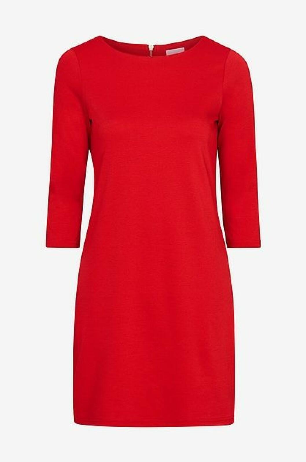 röd julaftonsklänning från Vila