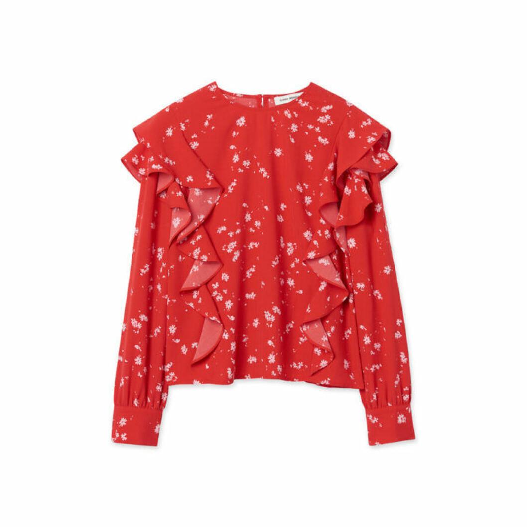 Röd tröja med volanger