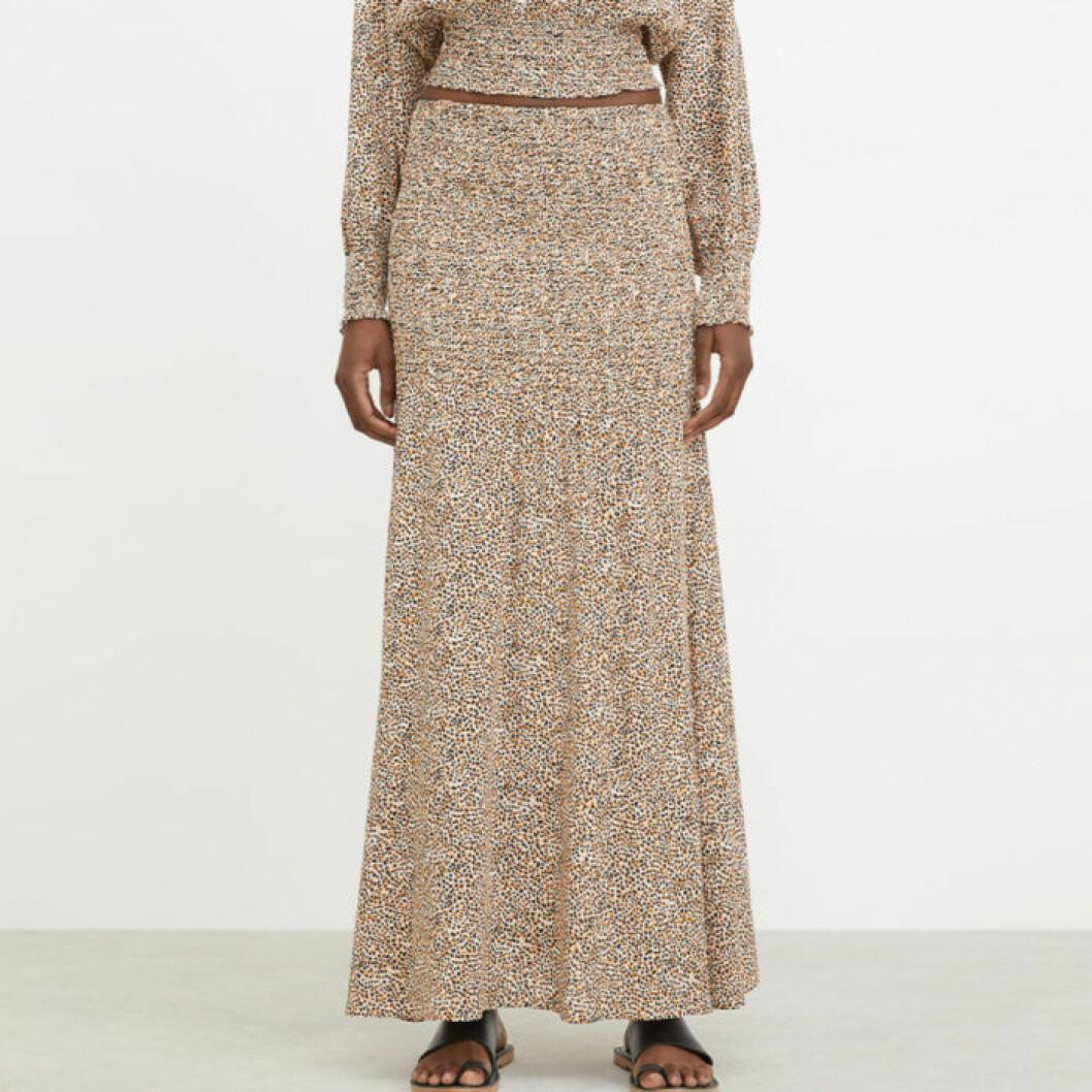 Lång smockad kjol från Rodebjer