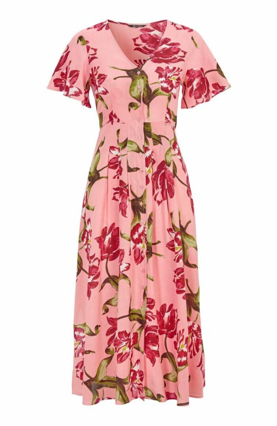 Blommig klänning i rosaa
