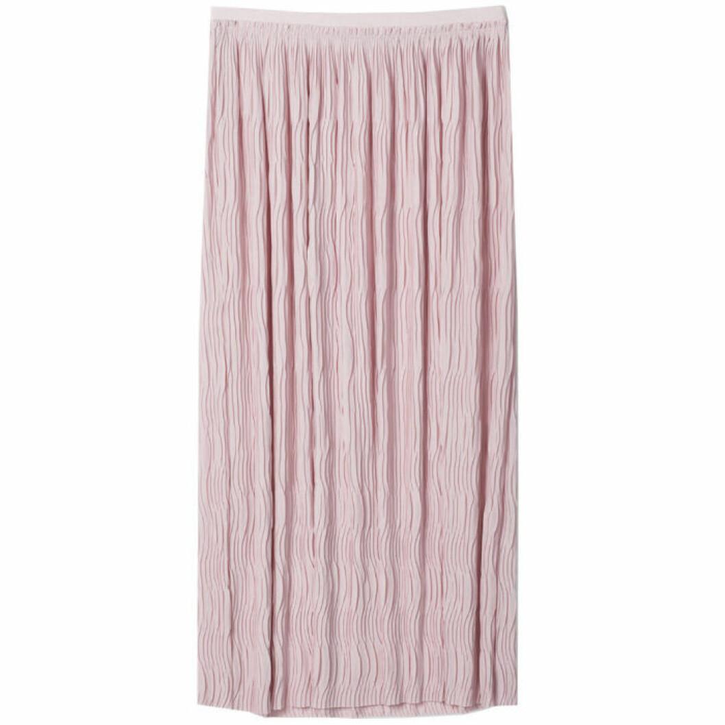 Rosa kjol i plisserat material