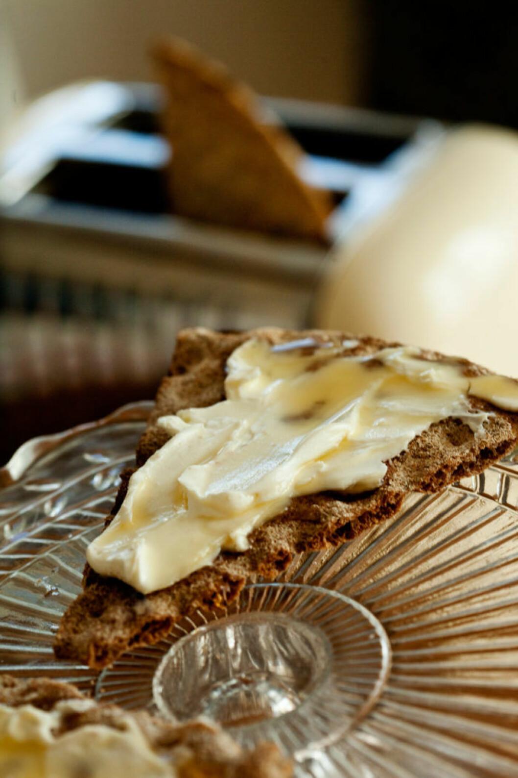 Rostat knäcke med cream cheese