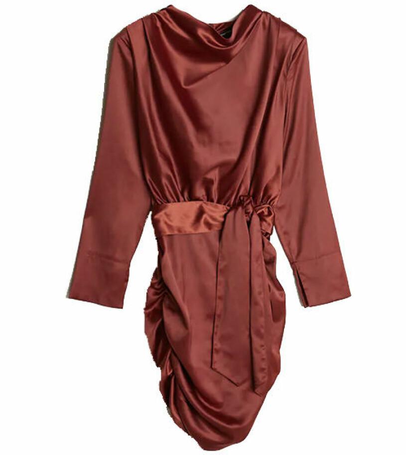 rostfärgad klänning gina tricot