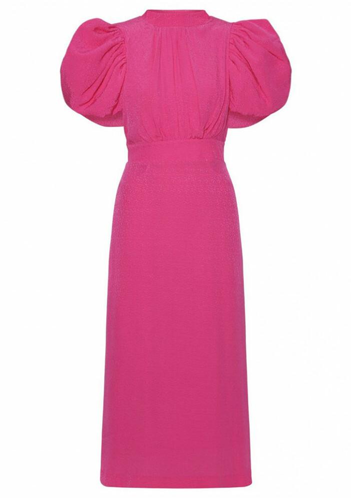 rosa klänning med stora puffärmar
