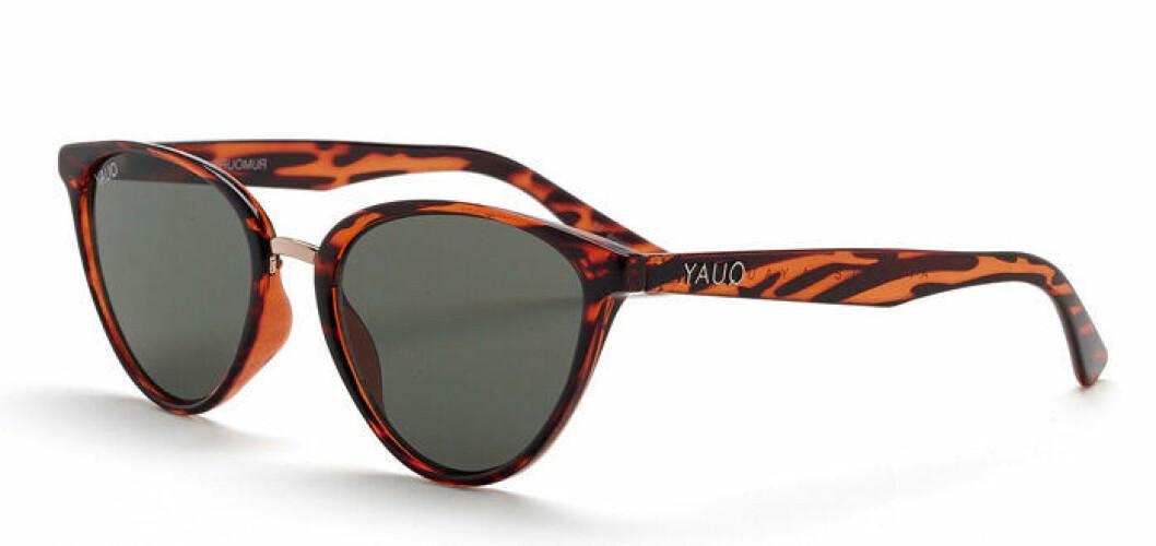 En bild på ett par solglasögon som heter Quay Australia – Rumours Sunglasses.