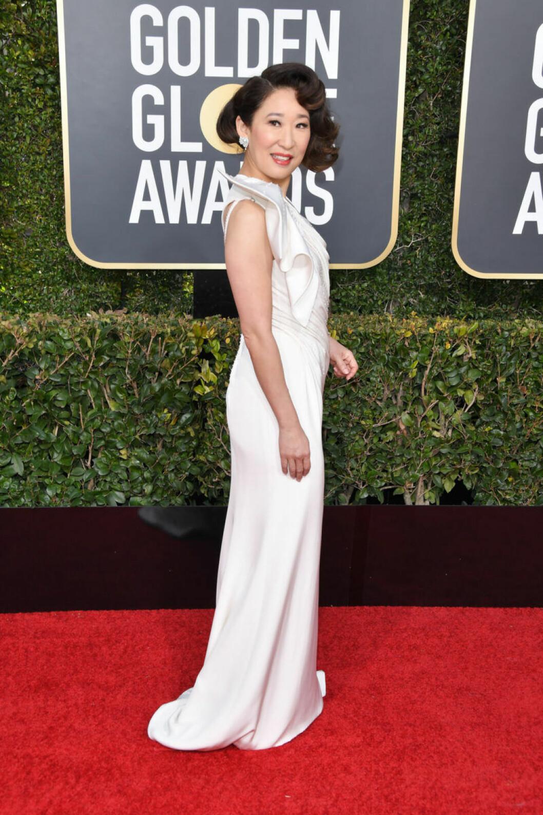 Sandra Oh Golden Globe 2019
