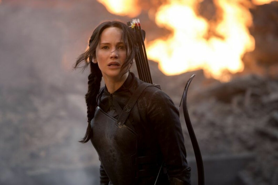 Katniss in front of fire, the hunger games