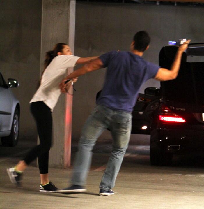 Miley Cyrus paparazzi bråk
