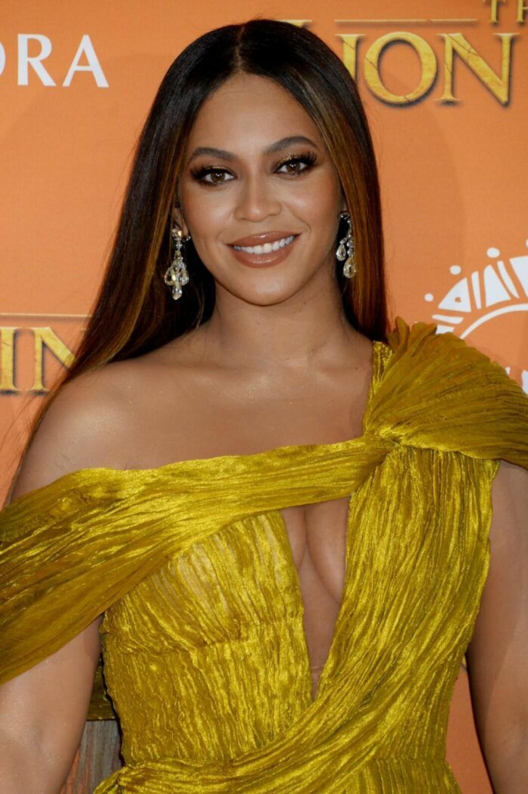 Beyoncé Knowles kände press att gå ned i vikt efter sin första förlossning.