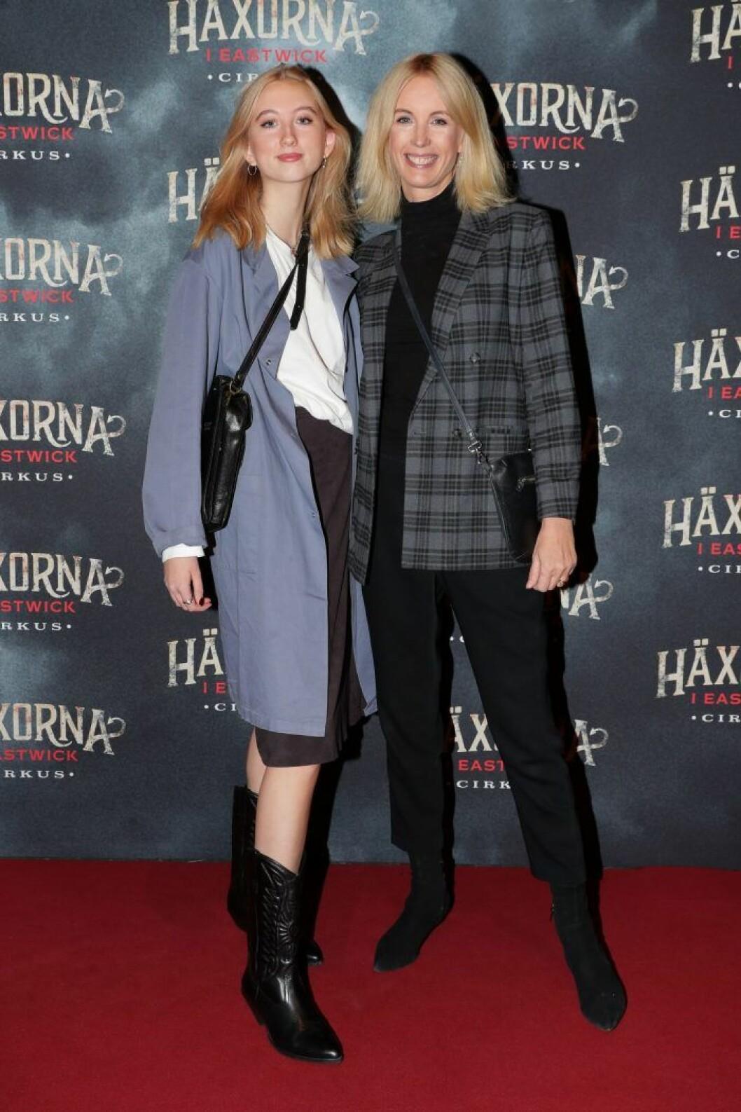 Jenny Strömstedt och dottern Mika östergren