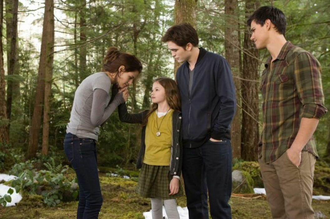 Mackenzie Foy som Renesmee Cullen.