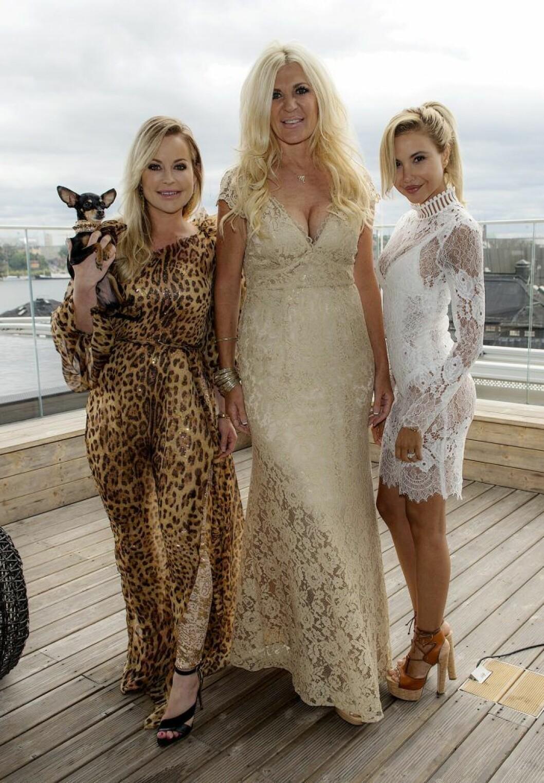 Åsa Vesterlund Maria Montazami och Elena Belle har synts tillsammans i Svenska Hollywoodfruar på TV3.
