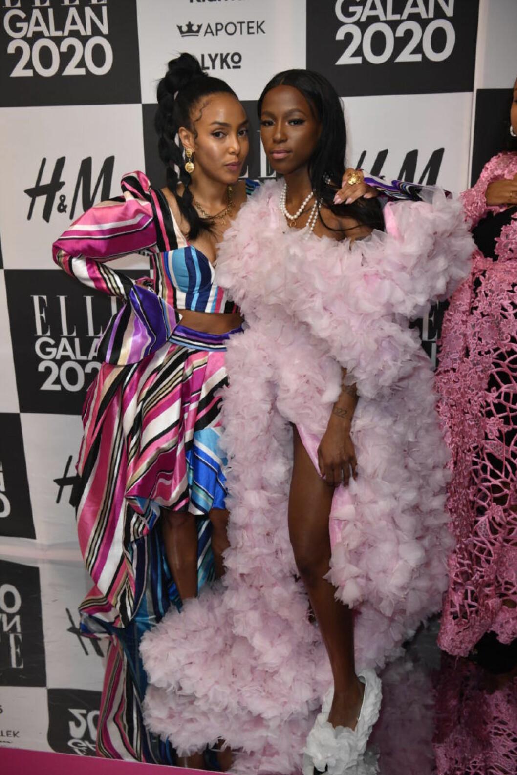 Selam Fessahaya och Sabina Ddumba på Elle-galan 2020.