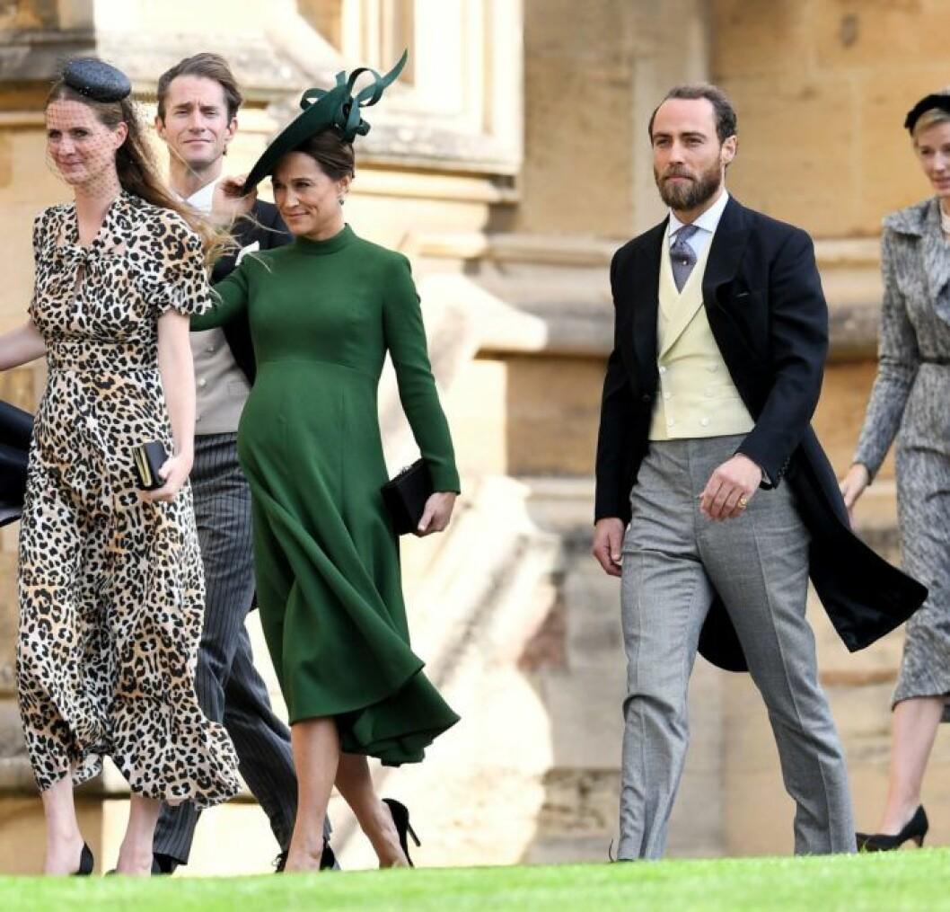 """Gravida Philippa """"Pippa"""" Middleton kom med maken James Matthews."""
