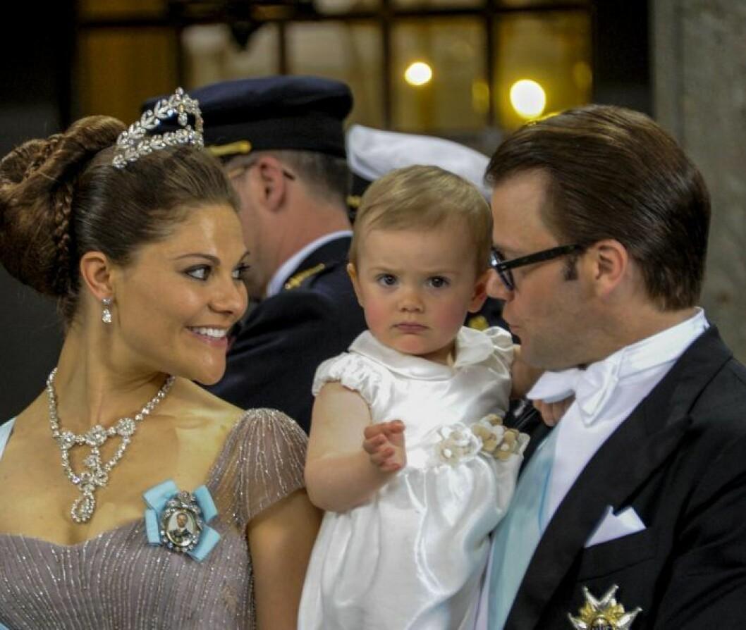 Victoria bar Lilians diadem på Madeleines bröllop.