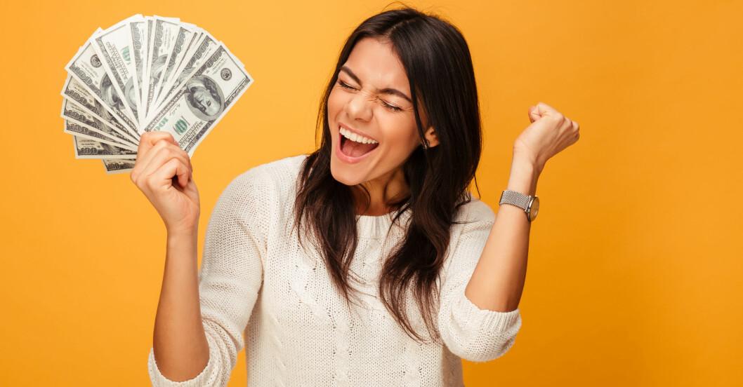 Kvinna som tjänat mycket pengar