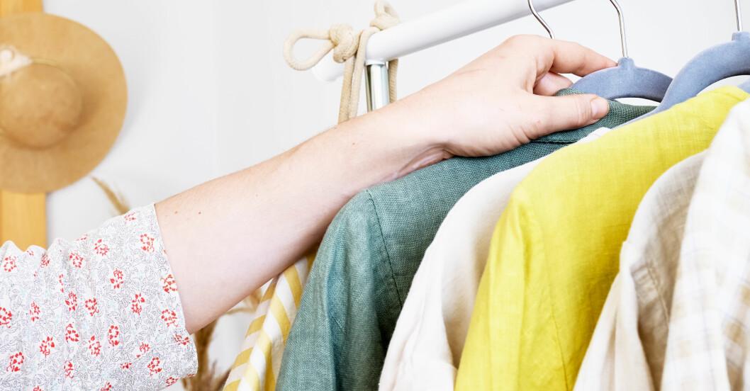 Begagnade kläder till försäljning