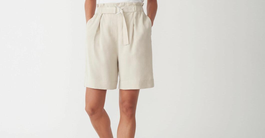 Ljusa shorts Carin Wester