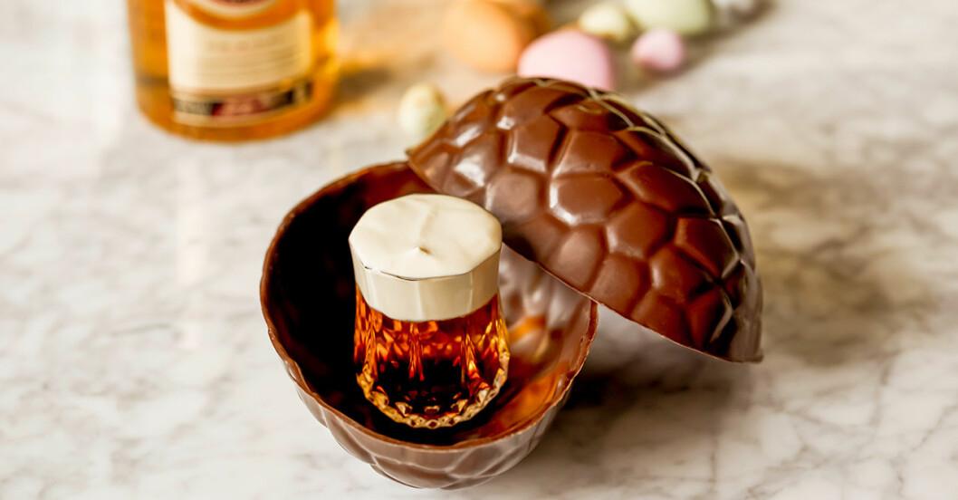 Shot serverad i ett chokladägg