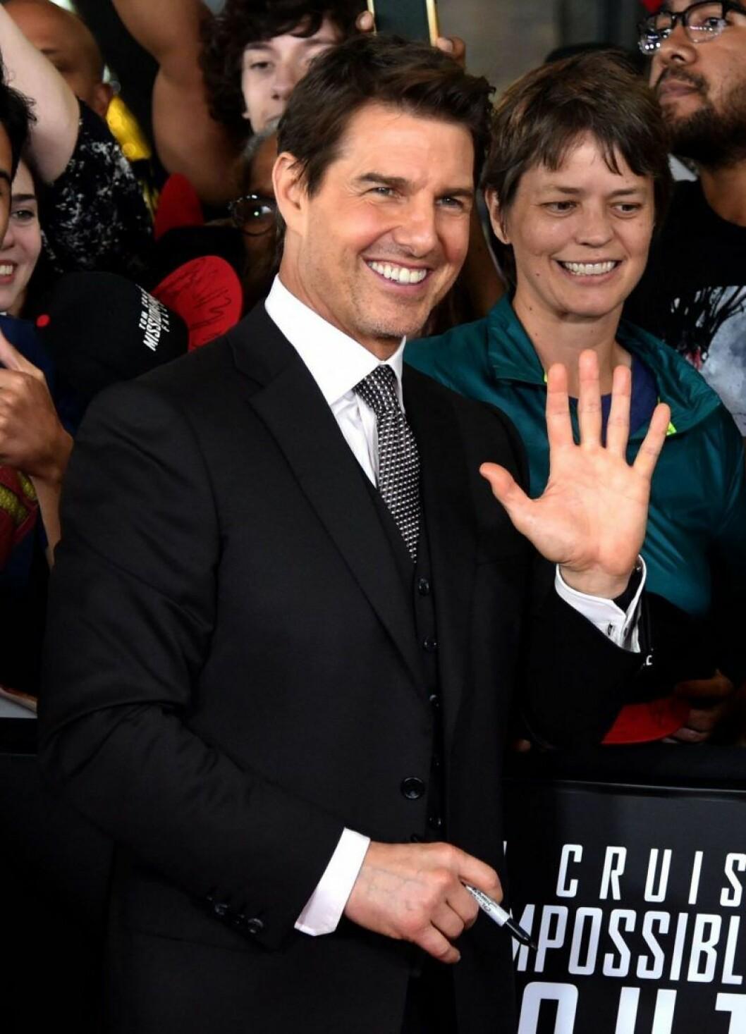 Tom Cruise vinkar