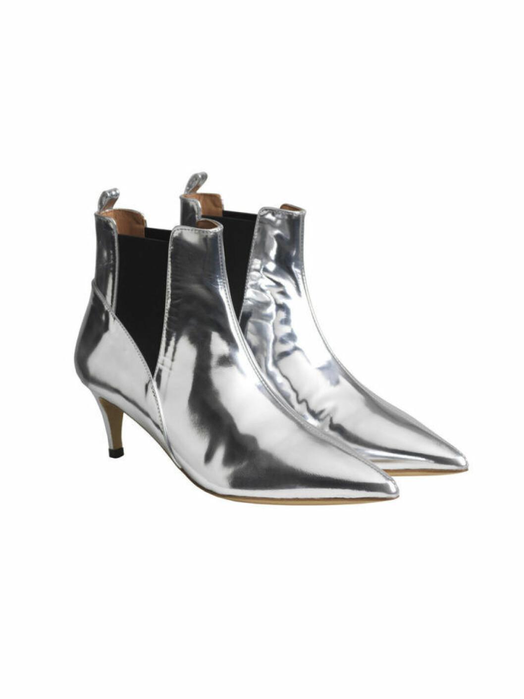 Silver boots fran By Malene Birger
