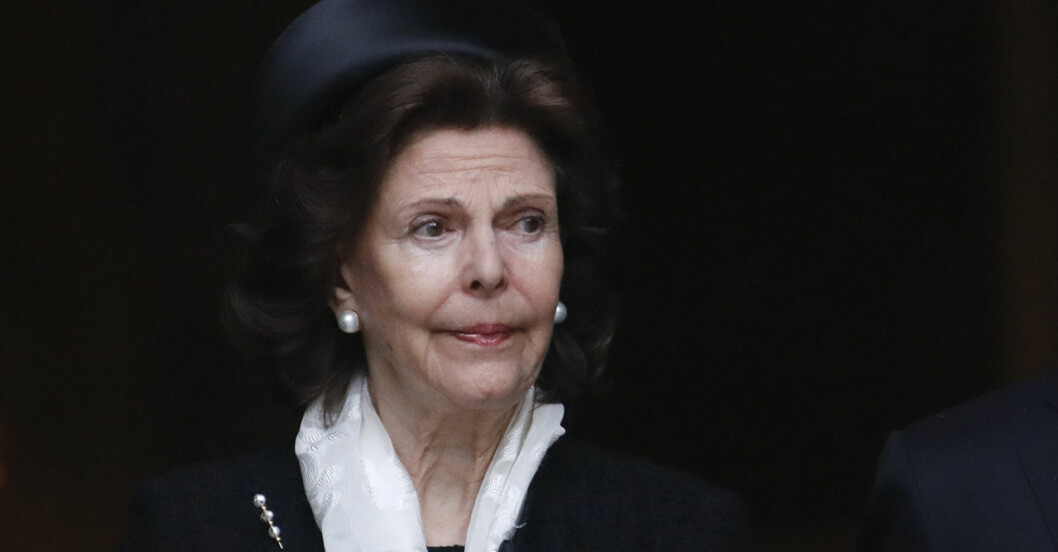 Drottning Silvia blir inte av med minnesbilden.