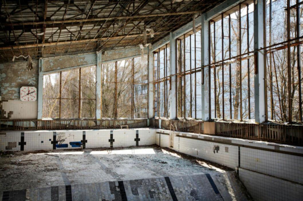 Övergiven simhall i Tjernobyl