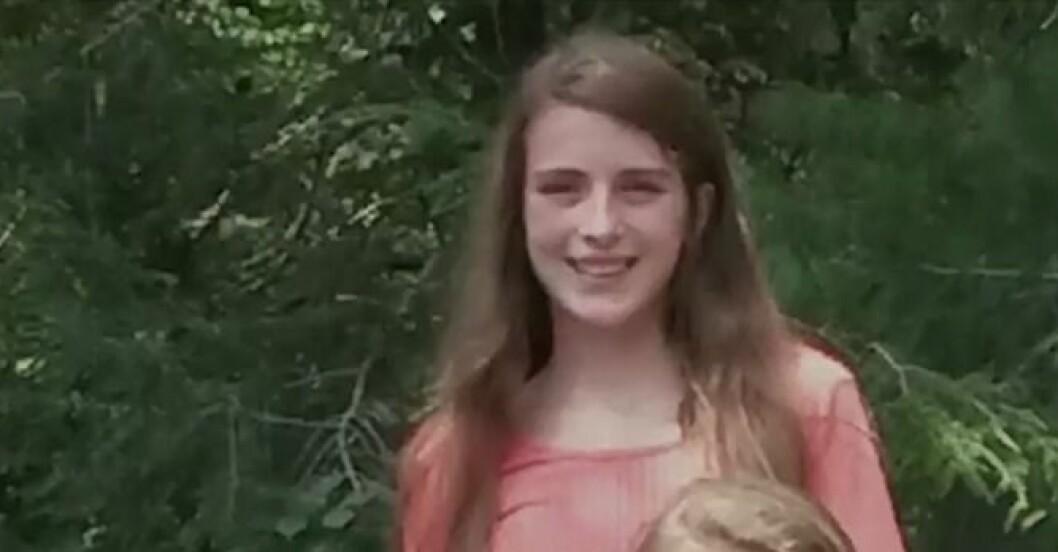 Dottern Molly dog av en hjärntumör, 13 år gammal.