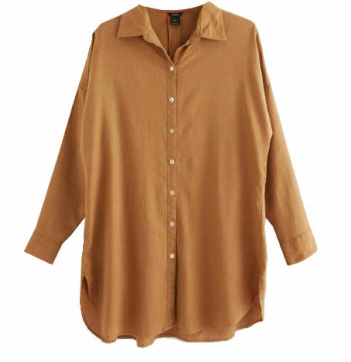 brun skjorta i linne