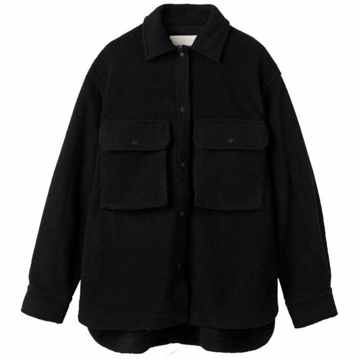 svart skjortjacka i fleece
