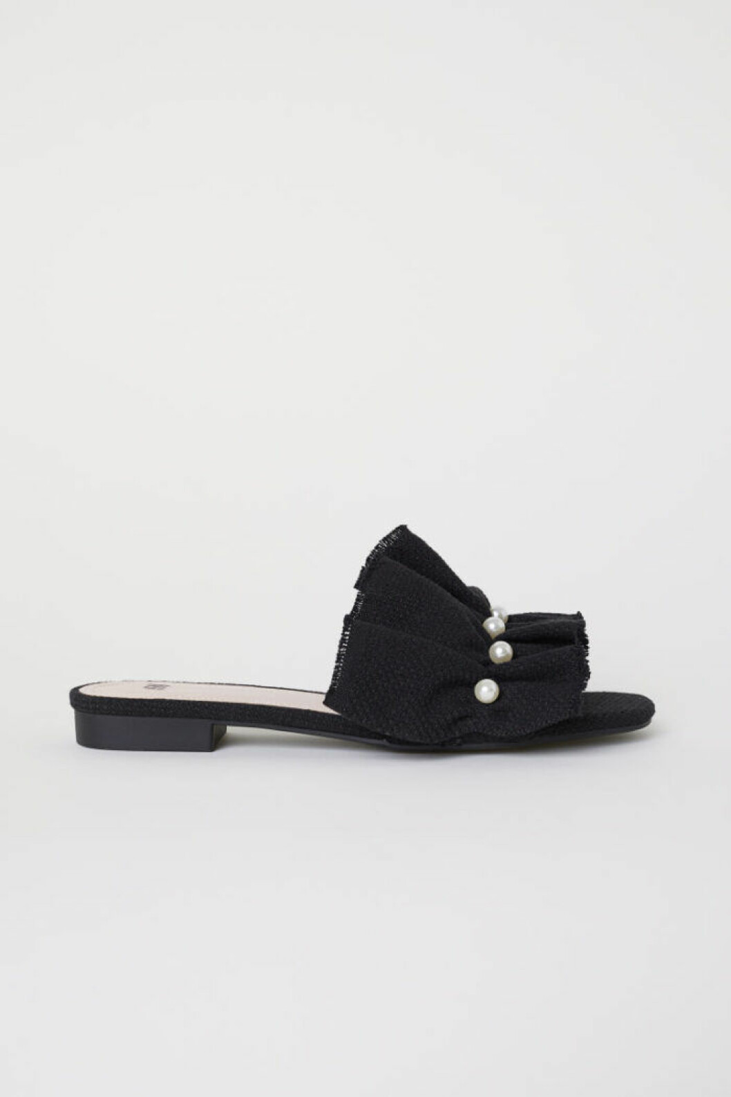Slip in sandaler med pärlor