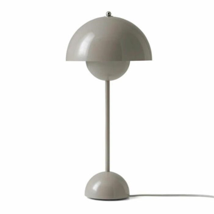 snygg bordslampa