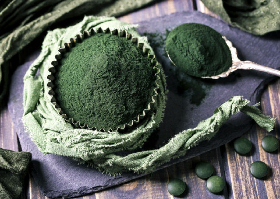 Algen spirulina innehåller mycket omega 3.