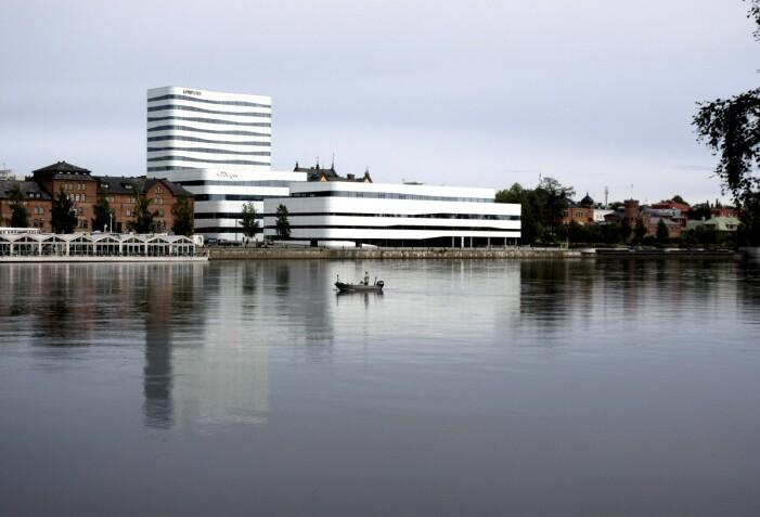 Stadsbiblioteket i Umeå vid Umeälven