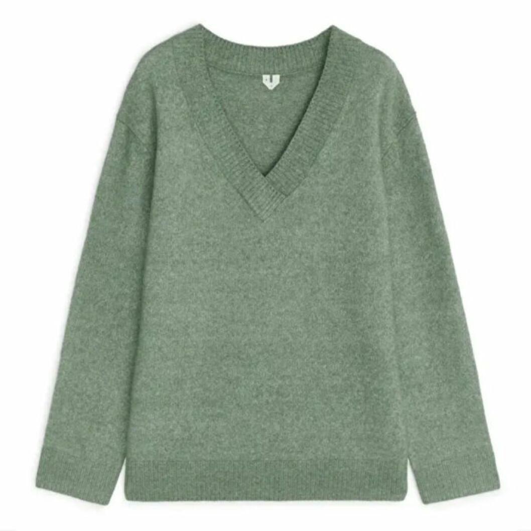 Grön stickad tröja från ARKET