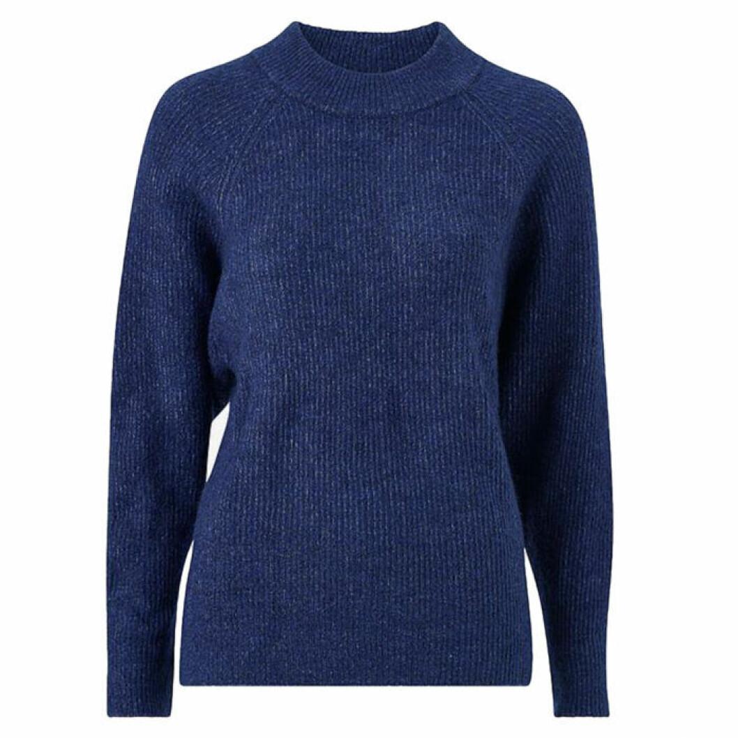 Blå stickad tröja