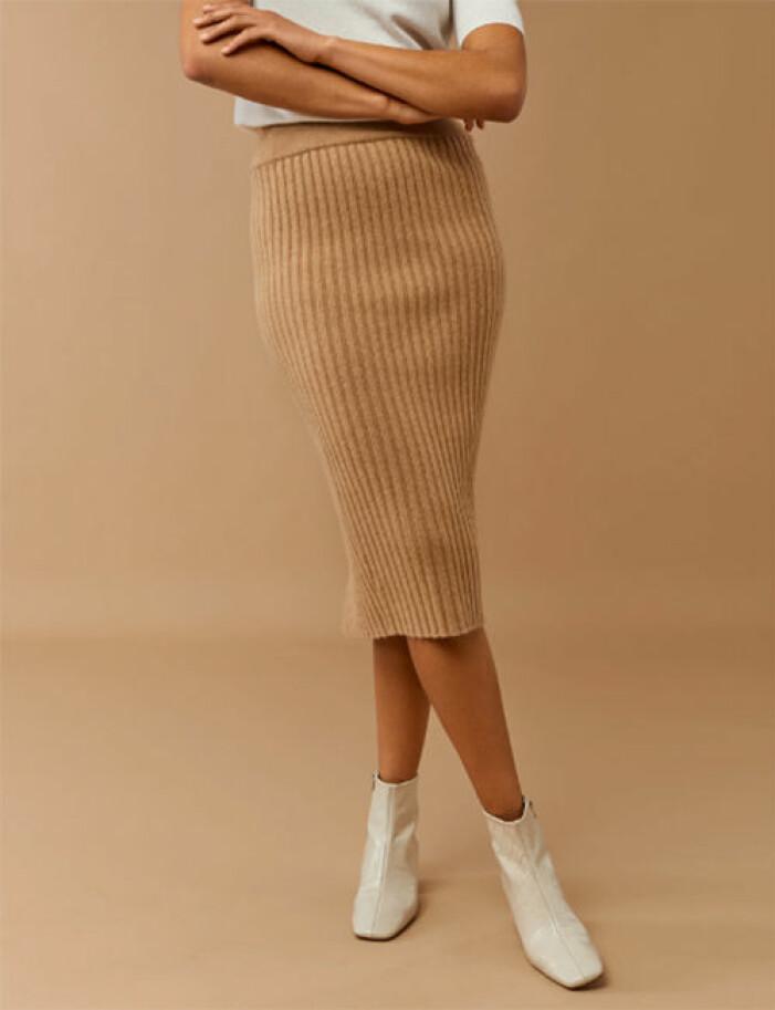 stickad kjol dam