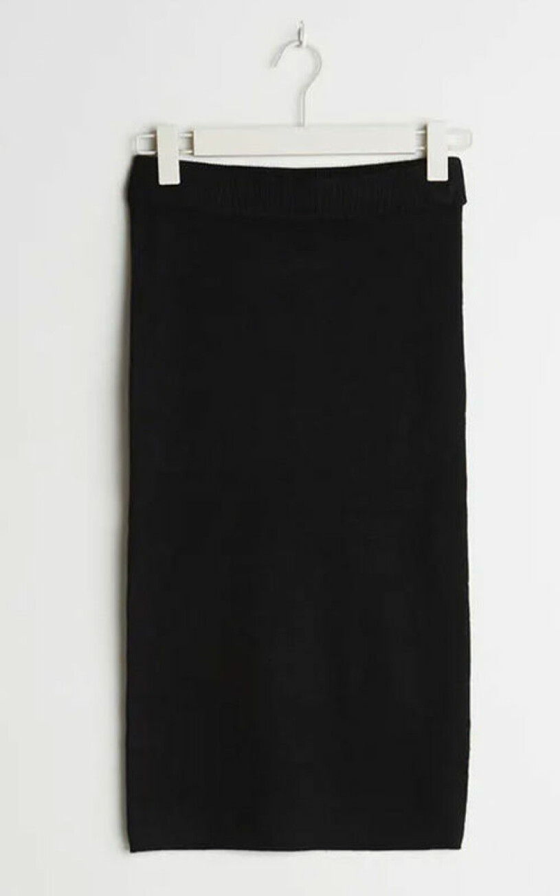 stickad-kjol-gina-tricot