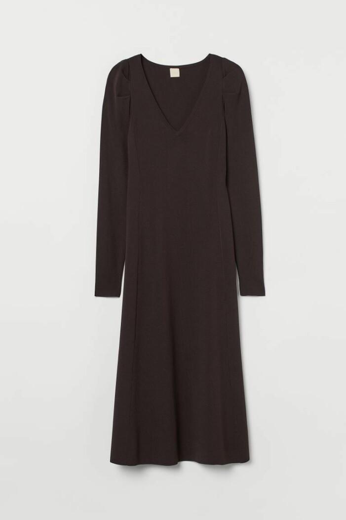 stickad klänning H&M