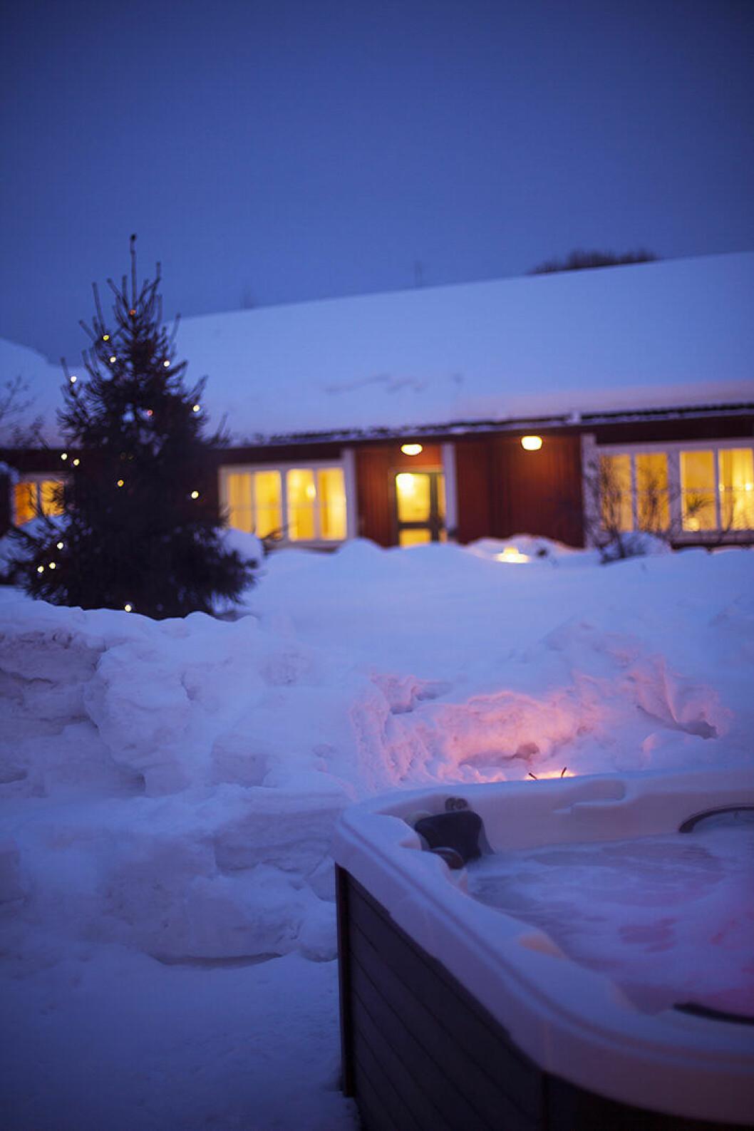 Fröken Huss spa Stiftelsegården i Skellefteå i vinterskrud