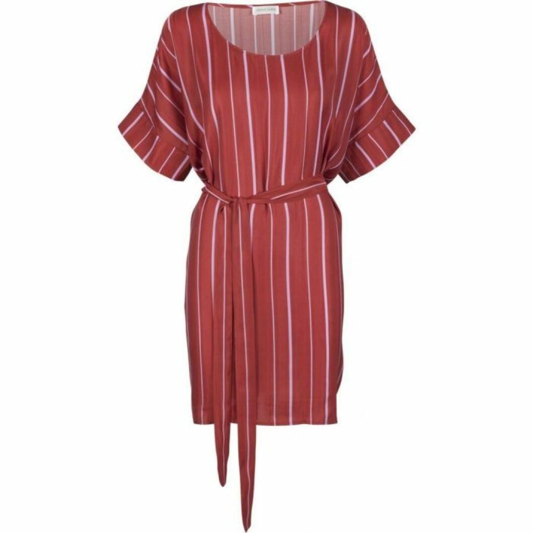 randig-klänning-stinegoya