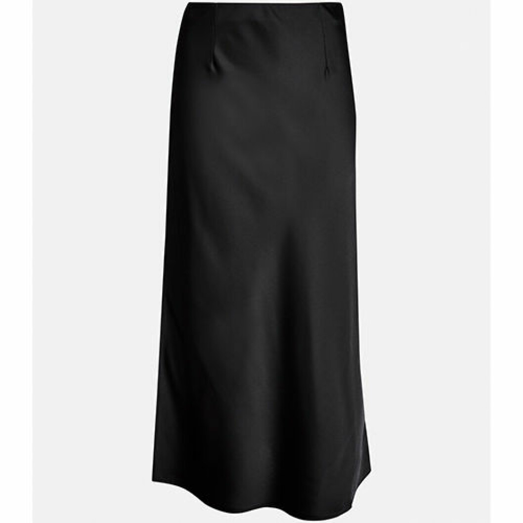 Rak lång svart kjol i satin