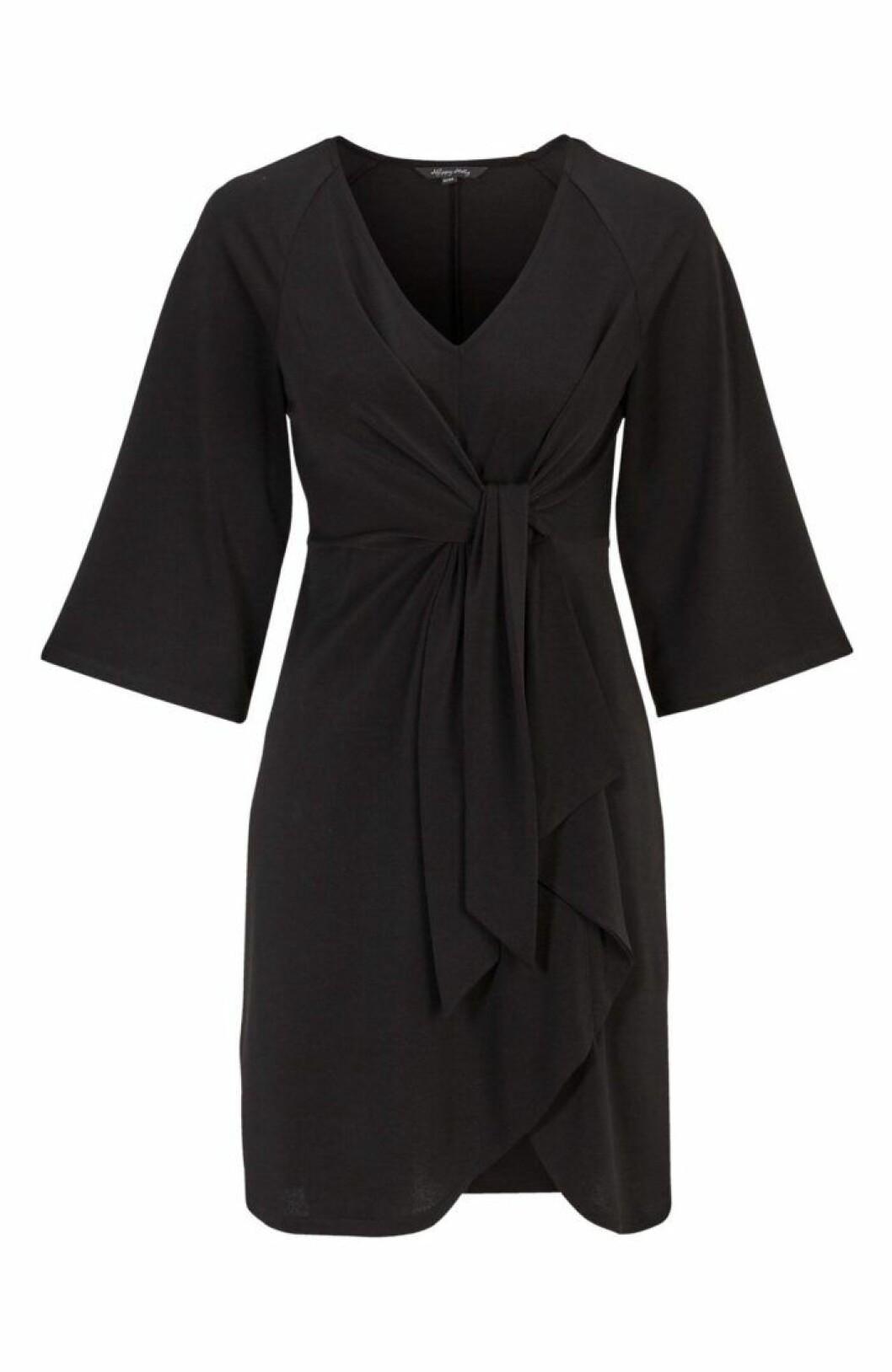 Svart klänning med knytband