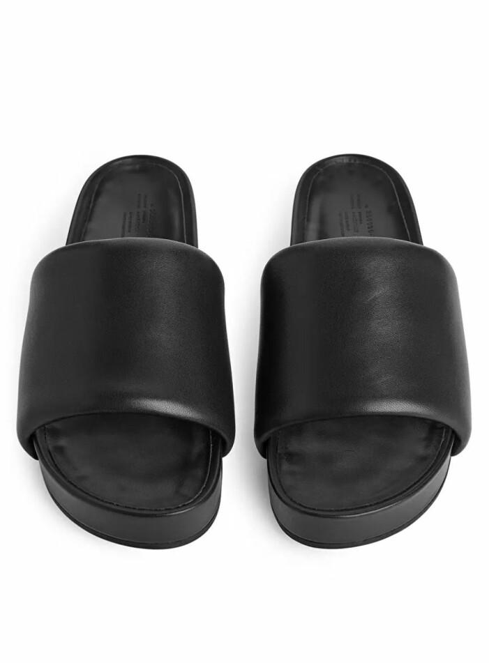Svart Sandal & Other stories
