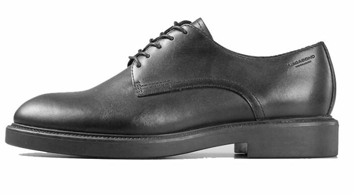 svarta skor vagabond